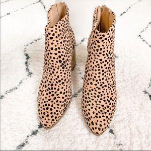 . Shoes - Leopard print ankle booties cheetah tan black zip
